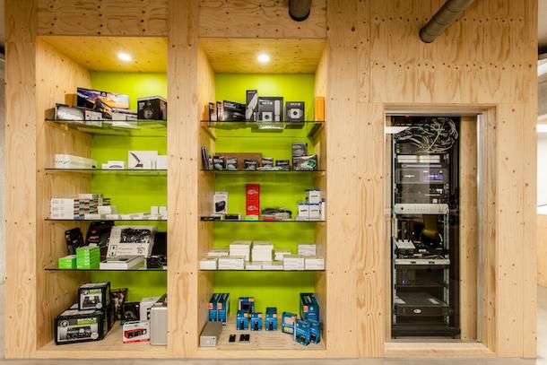 Vitrinekast - The Future Store